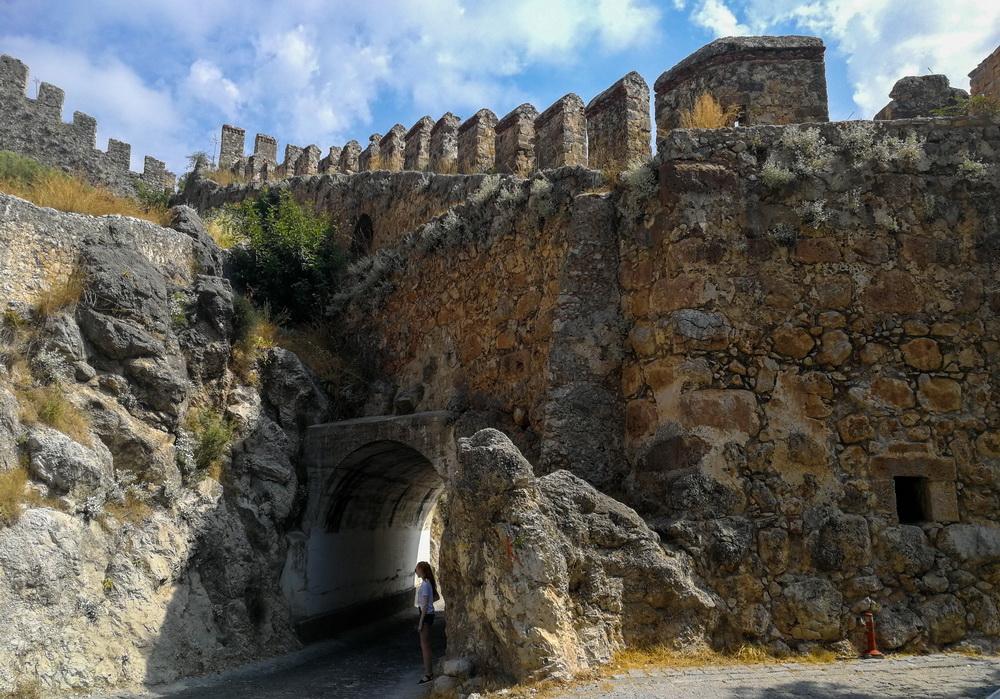 Вход в крепость, Аланья